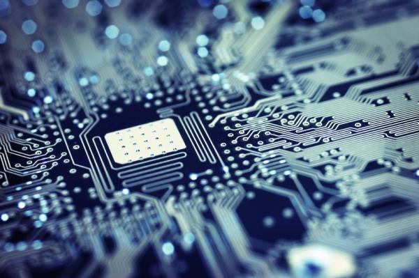 Computer quantistico con circuiti fotonici in diamante