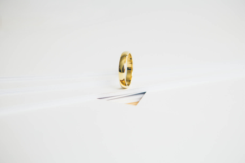 Minimal - Fede White & Gold